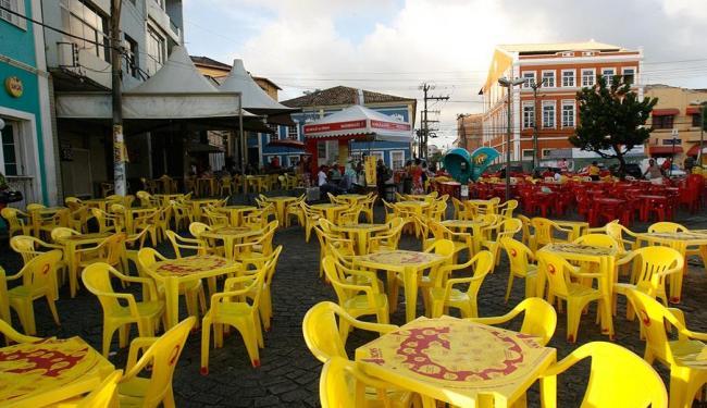 No largo de Santana, no Rio Vermelho, um estabelecimento já foi notificado - Foto: Margarida Neide | Ag. A TARDE