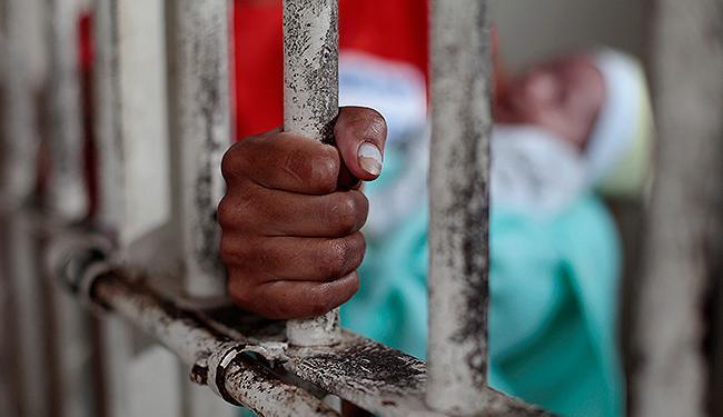 Bebês só podem permanecer na penitenciária até os 6 meses - Foto: Raul Spinassé   Ag. A TARDE