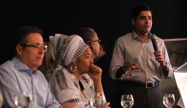 Reunião foi para discutir as melhorias na qualidade de trabalho das quituteiras - Foto: Lúcio Távora | Ag. A TARDE