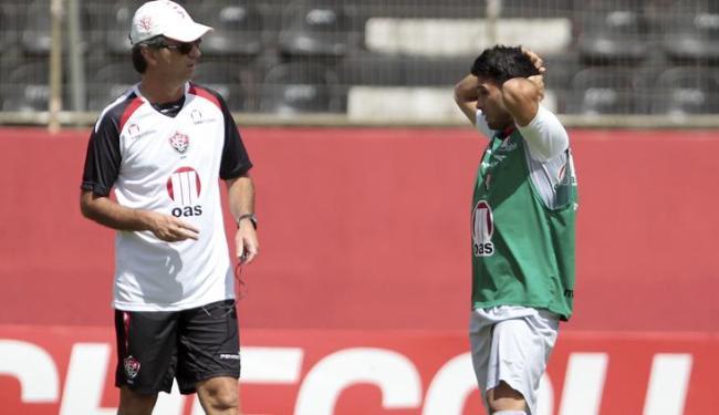 Caio aposta no artilheiro Maxi, que não marca há 5 jogos, para retornar de Curitiba com a vaga - Foto: Eduardo Martins | Ag. A Tarde