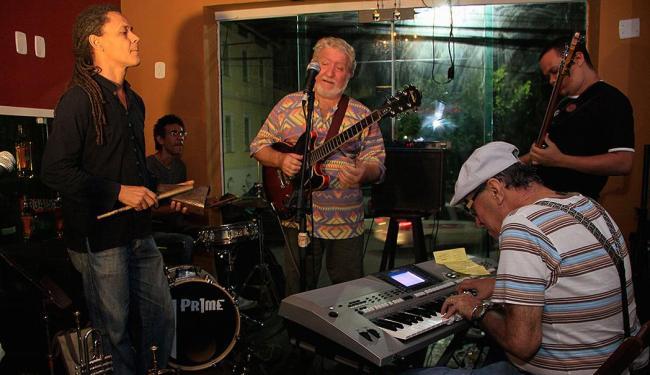 Shows da Cameleon Latin Jazz Band acontecem todas as quartas-feiras no Revolver Pub Bar - Foto: Joá Souza | Ag. A TARDE
