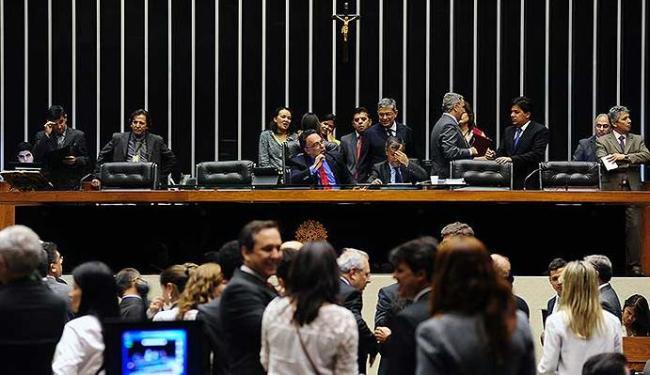 Na sessão de terça, foram 376 votos a favor da matéria - Foto: Gustavo Lima   Ag. A TARDE