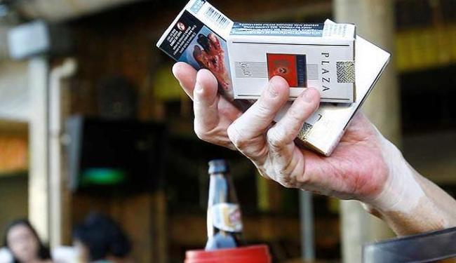 Cigarro causa danos celulares - Foto: Margarida Neide | Ag. A TARDE