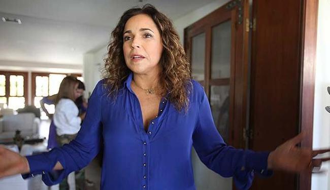 Daniela criticou falta de apoio governamental aos artistas baianos - Foto: Edilson Lima   Ag. A TARDE