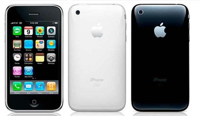 Usuário poderá levar o iPhone antigo, como o 3, e ganhar crédito para comprar um novo - Foto: Divulgação