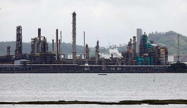 Um dos destaques da produção baiana é a de derivados do petróleo - Foto: Fernando Vivas | Ag. A TARDE
