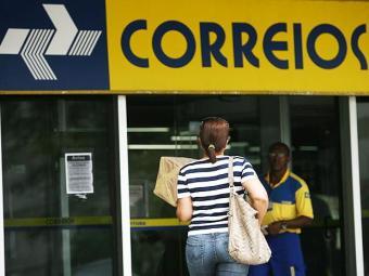 Correios - Foto: Raul Spinassé   Ag. A TARDE