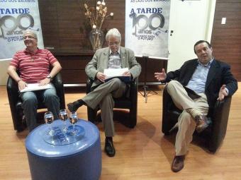 Três candidatos estão na briga pela presidência do Bahia; sócios têm até às 5h da tarde para votar - Foto: Marcos Venancio | Ag. A TARDE