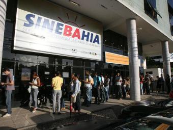 Simm e SineBahia ofertam emprego para diversas áreas nesta terça - Foto: Arestides Baptista | Ag. A TARDE
