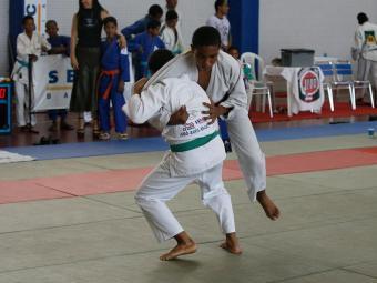 Os atletas disputam medalhas em sete categorias - Foto: Haroldo Abrantes   Ag. A TARDE