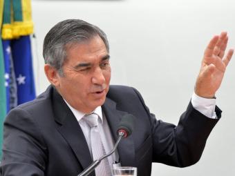 Ministro recomendou ONG aos ex-ministros do Trabalho - Foto: Wilson Dias | ABr