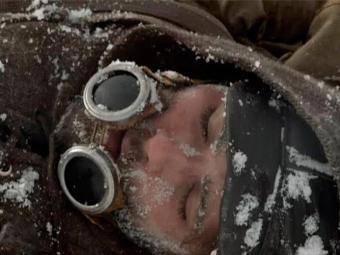 Franz, Manfred e Eurico sofrem acidente e são soterrados por avalanche nos Himalaias - Foto: TV Globo | Divulgação