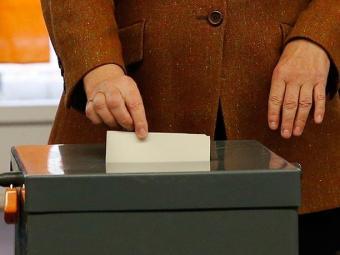 Eleição deve dar a Angela Merkel um terceiro mandato - Foto: Fabrizio Bensch | Agência Reuters