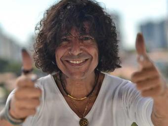 Luiz Caldas encerrará o evento a partir das 16h30 - Foto: Divulgação