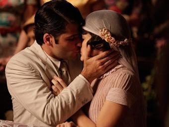 Mesmo com as armações de Ernest, Franz e Amélia se casam - Foto: TV Globo | Divulgação