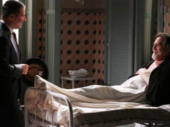 Eneste pede que Valter forje provas contra a nora - Foto: TV Globo | Divulgação