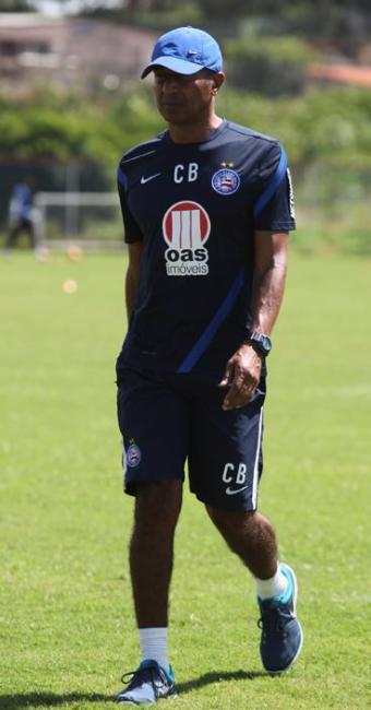 Técnico do tricolor baiano está preocupado pela má sequência de resultados - Foto: Edilson Lima/ Ag. A TARDE