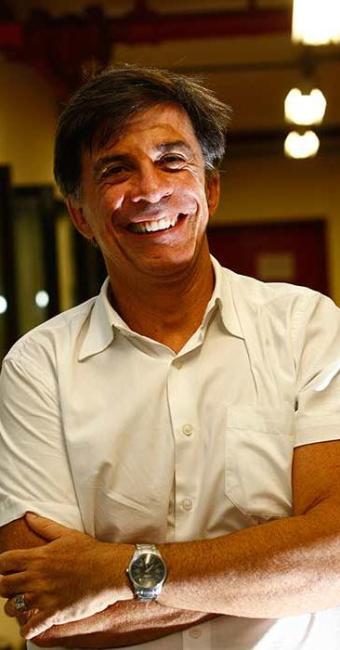Presidente da Fundação Gregório de Mattos, Fernando Guerreiro planeja abertura para março de 2014 - Foto: Walter de Carvalho | Ag. A TARDE