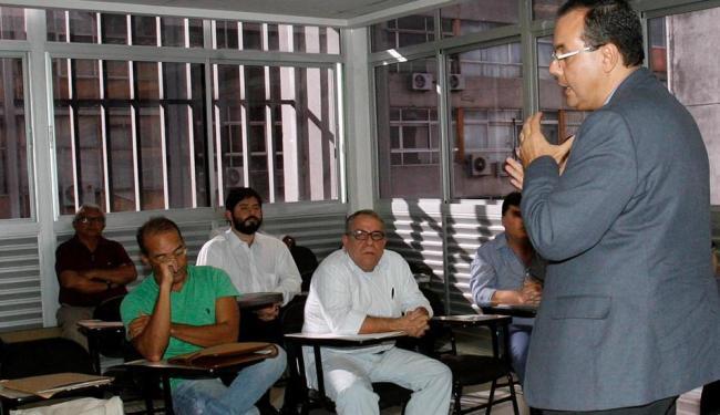 Médicos foram recebidos pelo secretário municipal da Saúde, José Antônio Rodrigues - Foto: Margarida Neide | Ag. A TARDE