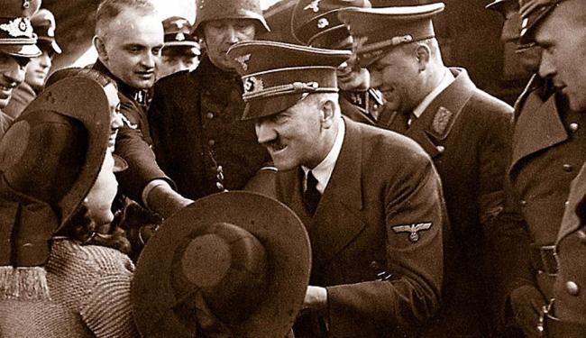 Sargento da SS, Rochus Misch serviu a Hitler até o suicídio - Foto: Arquivo | Cedoc | Ag. A TARDE
