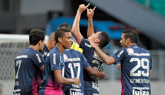 Bahia tenta acabar o 1ª turno com triunfo - Foto: Eduardo Martins | Ag. A TARDE