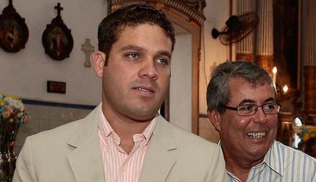 Ruy Accioly (D) posa para foto ao lado de Marcelo Guimarães Filho - Foto: Gildo Lima l Ag. A TARDE l 30.8.201