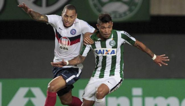 Jogo em Salvador pelo 1º turno terminou em 0 a 0; Bahia não vence o Coxa há 14 anos - Foto: Eduardo Martins | Ag. A Tarde