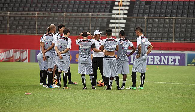 Sem mistério, Ney Franco define time com Luis Alberto no meio-campo - Foto: Edilson Lima | Ag. A TARDE