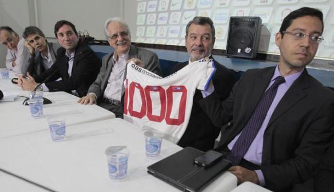 Torcedores poderão ganhar a camisa participando de bolão ou de promoção na Fonte Nova - Foto: Raul Spinassé / Ag. A TARDE