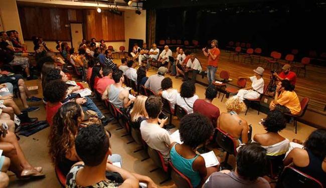 Artistas se reuniram quarta-feira, 18, no Espaço Xisto, nos Barris - Foto: Marco Aurélio Martins | Ag. A TARDE