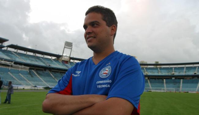 Adriano foi médico do Bahia por oito anos (de 1999 a 2006) - Foto: Fernando Amorim   Ag. A TARDE