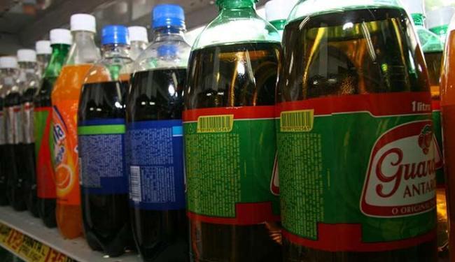 Refrigerante deve ser bebido com moderação - Foto: Iracema Chequer | Ag. A TARDE