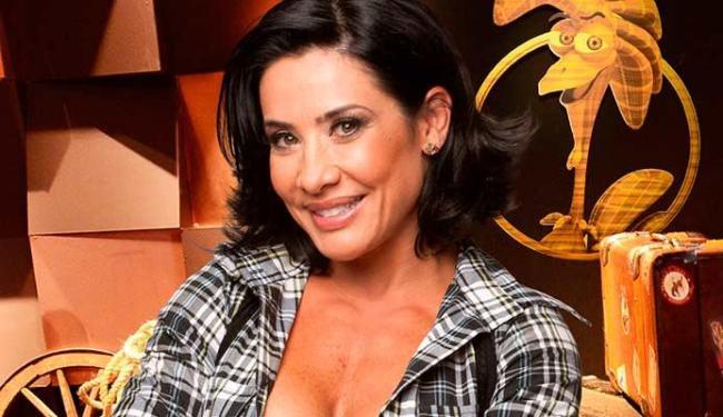 Scheila Carvalho estava no programa A Fazenda quando o caso do marido foi divulgado - Foto: Divulgação