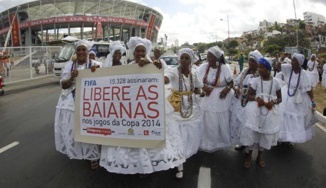 Baianas fizeram vários protestos para garantir presença na Arena - Foto: Lúcio Távora | Ag. A TARDE