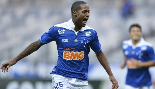 O zagueiro do Cruzeiro Dedé ganha chance nos amistosos contra Zâmbia e Coreia do Sul - Foto: Denilton Dias / VIPCOMM