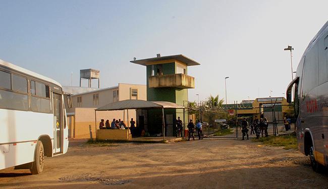 Motim no Conjunto Penal de Itabuna deixou quatro feridos na última terça-feira - Foto: Oziel Aragão l Ag. A TARDE l 13.3.2013