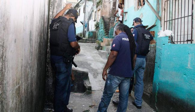 Polícia já tem lista de alguns suspeitos, mas não divulgou nomes para não atrapalhar investigações - Foto: Joá Souza   Ag. A TARDE