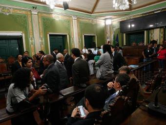 Governo e oposição afinam o discurso em torno da necessidade de o sistema de transportes sair - Foto: Margarida Neide | Ag. A TARDE