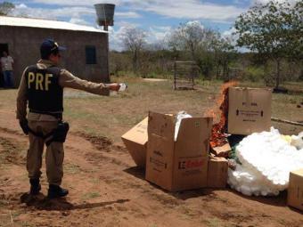 Um funcionário foi detido e os medicamentos apreendidos pela ANVISA - Foto: Ascom   Polícia Rodoviária Federal