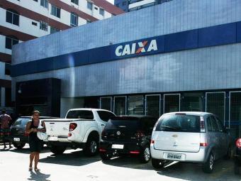 Abertura das agências será às 9 horas - Foto: Mila Cordeiro | Ag. A TARDE