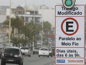Indicação de tráfego modificado - Foto: Luciano da Matta | Ag. A TARDE