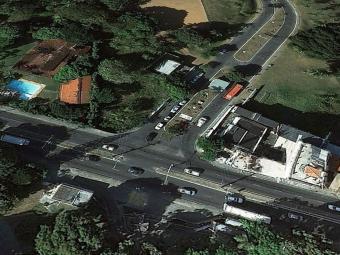 Acidente aconteceu próximo á entrada do Roberto Santos - Foto: Reprodução   Google Maps