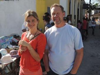 Grazi tirou foto com o fã durante um passeio no litoral do Paraná - Foto: reprodução | facebook