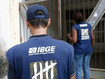 Salários que variam de R$ 7.047,38 a R$ 8.907,45, mais R$ 373 de auxilio-alimentação - Foto: Raul Spinassé   Ag. A TARDE