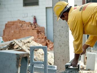 Total de desempregados ficou em 2.313 mil, 42 mil a menos que no mês anterior - Foto: Marcelo Camargo | Agência Brasil