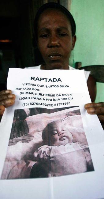 Menina foi levada pelo pai no último dia 9 - Foto: Luiz Tito | Ag. A TARDE
