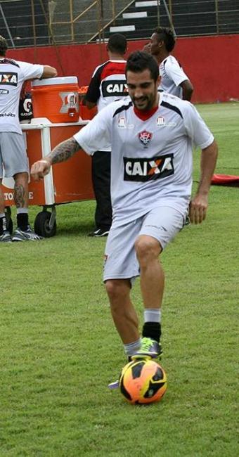 Vitória vai poder contar com a habilidade de Escudero na partida contra o Botafogo - Foto: Margarida Neide | Ag. A TARDE