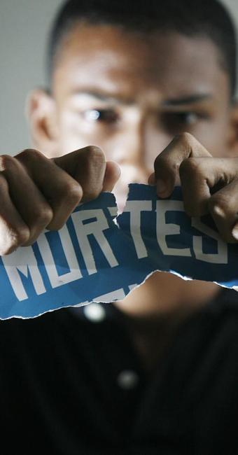 Negros correm 8% mais chances de se tornar vítimas de homicídio - Foto: Raul Spinassé | Ag. A TARDE