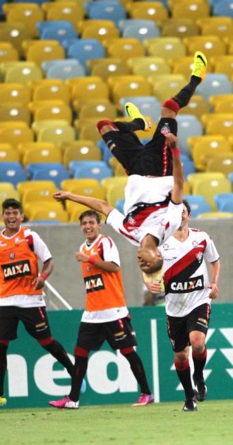 Leão saiu de campo com sua 13a vitória no Campeonato - Foto: Márcio Mercante/ESTADÃO CONTEÚDO