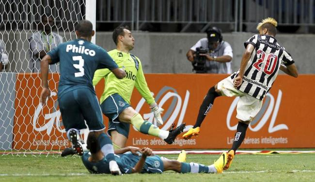 William Henrique entrou no segundo tempo e fez o gol que decretou o triunfo do Leão - Foto: Eduardo Martins | Ag. A TARDE